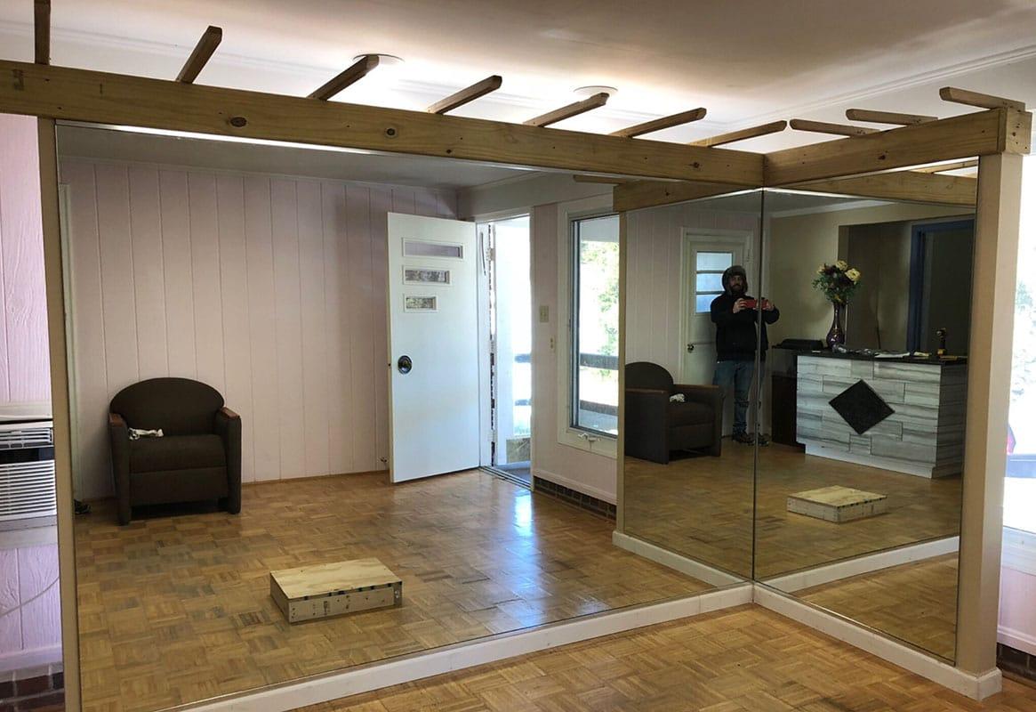 Mirrors-Mirror-Walls